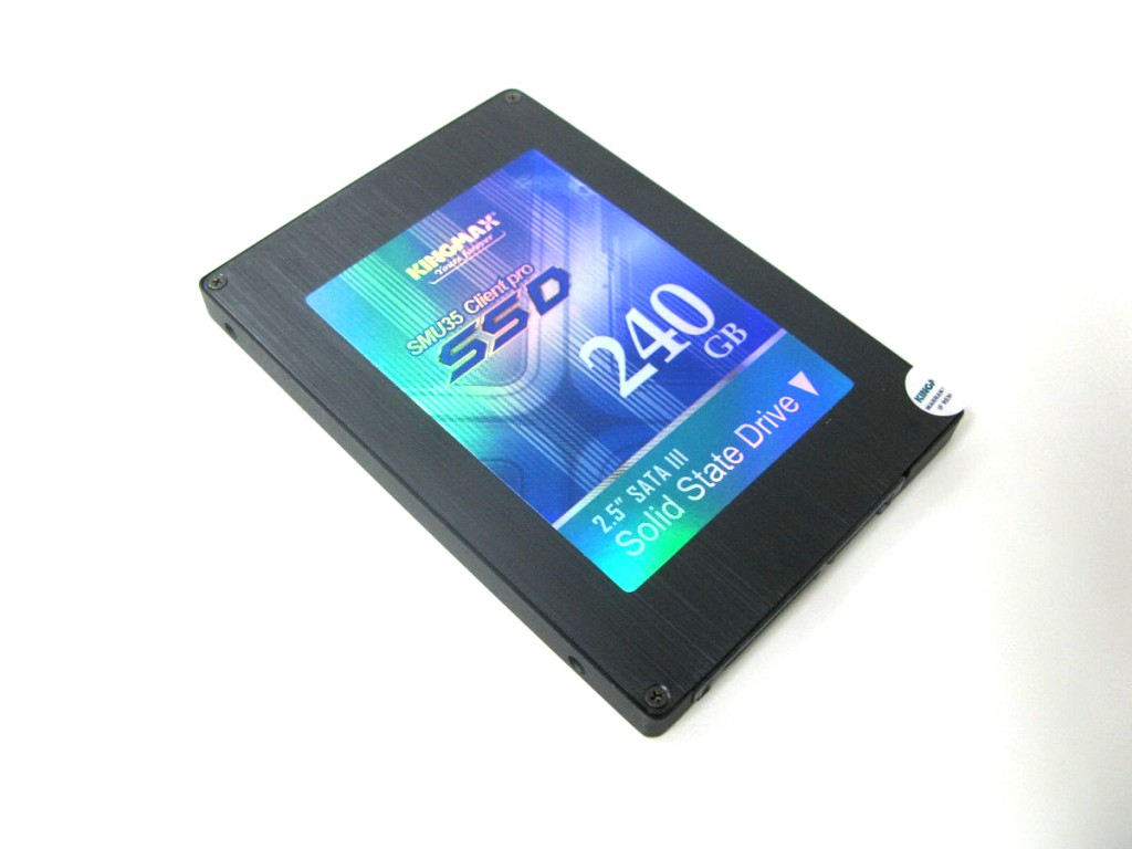 KINGMAX SMU35 Client Pro SSD Review