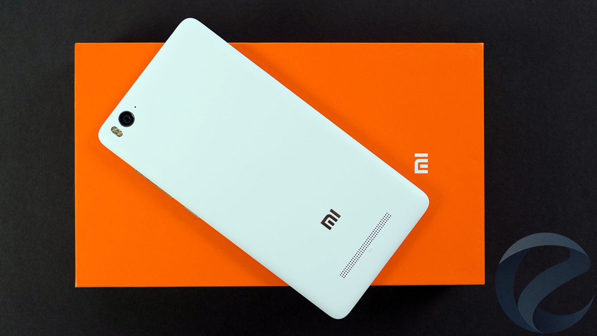Хьюго Барра: Xiaomi неполучает прибыли спродаж телефонов
