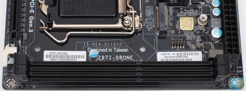 Внешний вид и особенности материнской платы ECS Z97I-Drone