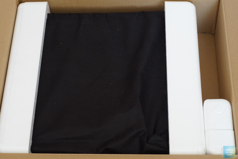 Упаковка и комплектация корпуса SilverStone ML08B